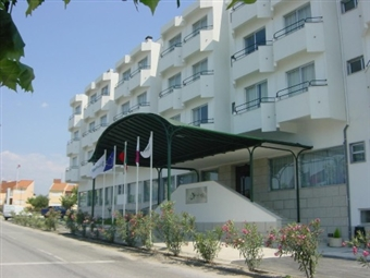 Água Hotel Nelas Parq 3*: Estadia com opção de Meia Pensão na Bela Vila de Nelas entre a Serra da Estrela e do Caramulo desde 20€. CRIANÇA GRÁTIS!