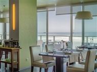 Restaurante Terrace na Praia Grande. Menu do Mar para 2 Pessoas com vista panorâmica sobre o Oceano.