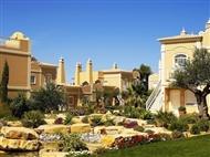 Suites Alba Resort & Spa 5*: Escapada de 1 ou 2 Noites em Suite de Luxo no Carvoeiro com Acesso ao Circuito Spa desde 40€. CRIANÇA GRÁTIS!