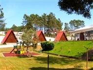 Camping do Luso: 2 a 7 Noites em Bungalow de Madeira até 7 pessoas e opção de Jantar.