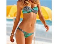 Bikini Estampado Tamanho M. Perfeito para umas Férias na praia ou na piscina!