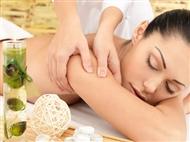 Desfrute da sensação única de 1 ou 4 Massagens às Costas de 30 min.