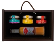 Caixa de Madeira Especial Seduction I da Casa da Prisca: Compostas por 4 Deliciosos Produtos