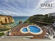 Tivoli Carvoeiro Algarve Resort 5*: 3, 5 ou 7 Noites até Outubro com MEIA-PENSÃO. Vista Deslumbrante