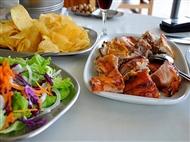 LEITÃO ASSADO à Garphus para 2 pessoas em Lisboa. A tradição Portuguesa à mesa em Campolide!