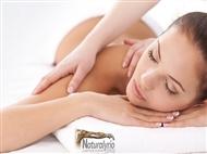 Desfrute da sensação única de 1 ou 4 Massagens às Costas de 30 minutos em Carcavelos.