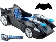 Batmobile de Duplo Míssil de 30cm. Acelera e utiliza o arsenal duplo para derrotares os Super Vilões