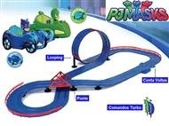 Circuito de Corridas Superloop de PJ Masks. Pista com looping, ponte e conta voltas