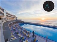 Hotel Arribas na Praia Grande em Sintra: Jante com o Oceano Atlântico como pano de fundo.