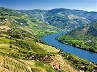 CRUZEIRO no DOURO entre o Porto e o Pinhão com Almoço, Prova de Vinhos e muito mais.