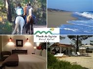 Hotel Rural Monte da Lezíria: 1 ou 2 Noites c/ Pequeno-Almoço e Passeio a Cavalo em Reserva Natural.