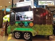 VEGGIE LOVERS TRUCK: Hambúrguer Vegan, Acompanhamento e Bebida à Escolha para 2 Pessoas em Almada.