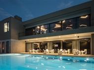 ESPECIAL 5 DE OUTUBRO: 2 Noites no Aqua Village Health Resort 5* com Pequeno-almoço e Massagem.